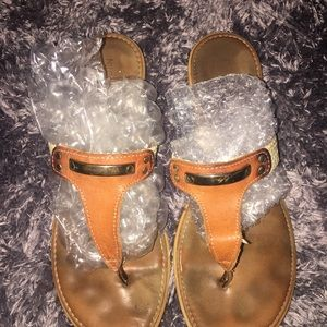 Nine West sandals ((OFFERS ACCEPTED!!))